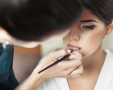 10 Celeb Makeup Artist Secrets That Help Makeup Stay All Day