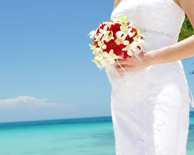 5 Beauty Tips for Beach Brides