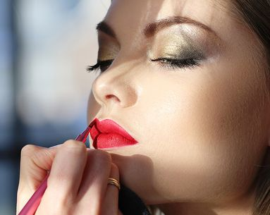10 Beauty Trends Makeup Artists Really Hate