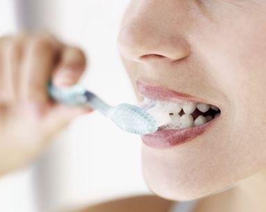 What to Look for in a Tooth Whitening Kit