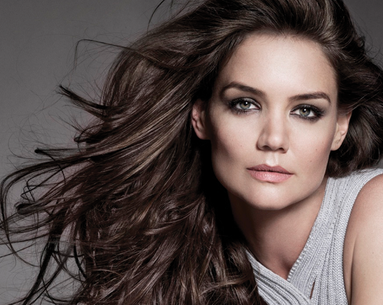 Katie Holmes Starts 2013 With a Beauty-full Bang