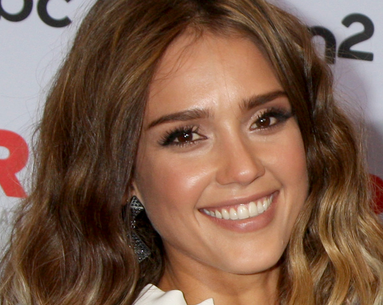 Jessica Alba Reveals the 3 Steps to Popping Her Own Pimples