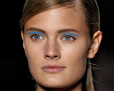 Would You Try This Colorful Eyeliner Look?