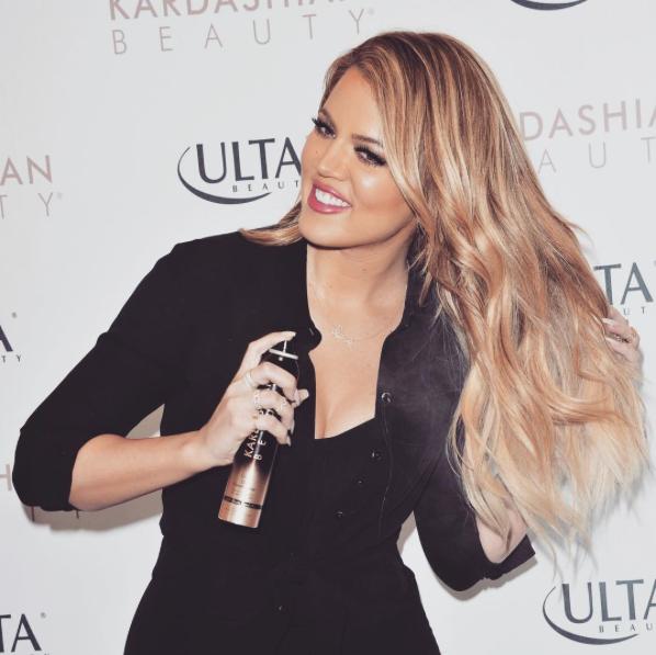 Kim, Khloé and Kourtney Kardashian Beauty - Celebrity - Makeup The ...