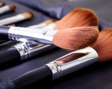 5 Tricks for Cleaning Your Makeup Tools