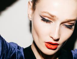 8 False Eyelashes Good Enough to Replace Mascara