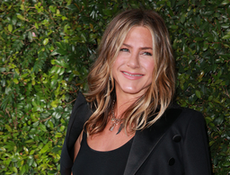 Jennifer Aniston's Stunning Waves Are Thanks to This $2 Product