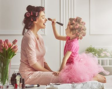 The Best Beauty Lessons Our Editors Learned From Their Mothers