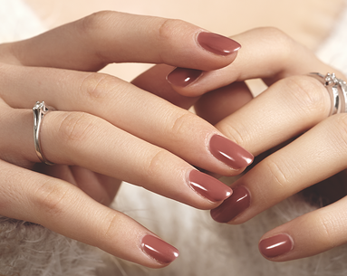 Study Finds Flame Retardant Chemicals in Nail Polishes—and Inside Women's Bodies
