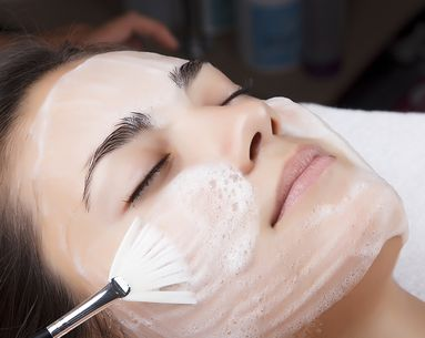 9 Skin Care Mistakes Almost Everyone Makes