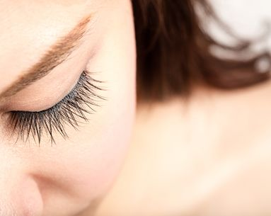 Is Laminating Your Eyelashes the New Thing to Do?