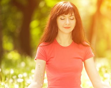 The 5 Beauty Benefits of Meditation