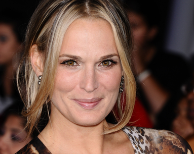 Molly Sims Opens Up About The Condition That Made Her Gain 85 Pounds