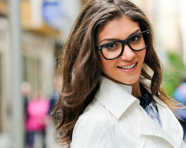 4 Makeup Tricks For Women Who Wear Glasses