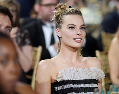 The Gorgeous Nude Lipstick Margot Robbie Wore to the Critics' Choice Awards