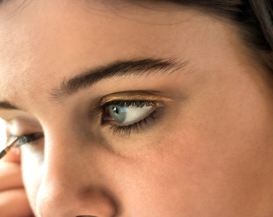 8 Makeup-Artist Tricks to Nail the Colored-Liner Trend