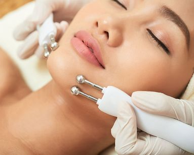 Are Microcurrent Facials Worth the Hype?