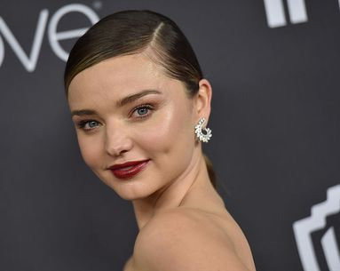 The At-Home Treatment Supermodel Miranda Kerr Does Every Morning for Tighter Skin