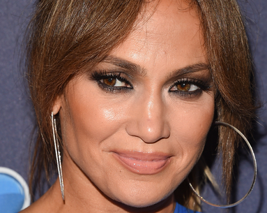 This Is J.Lo's 3-Minute Trick for Getting Full, Lengthy Lashes