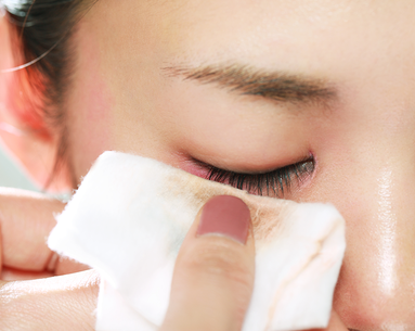 The 21 Best Facial Wipes to Hydrate, Refresh and Treat Skin