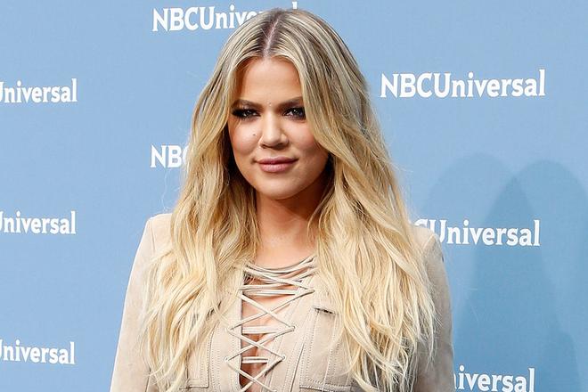 Khlo Kardashian Debuts Blonde Lob Hair Color Hair Dailybeauty