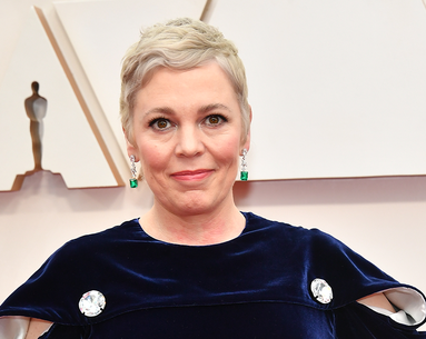 The $13 Lipstick Olivia Colman Wore at the Oscars to Complement Her New Hair