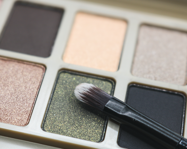 17 Makeup Products Pulled Off Shelves for Asbestos
