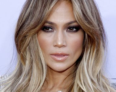 This Makeup-Free Video of J.Lo is Everything