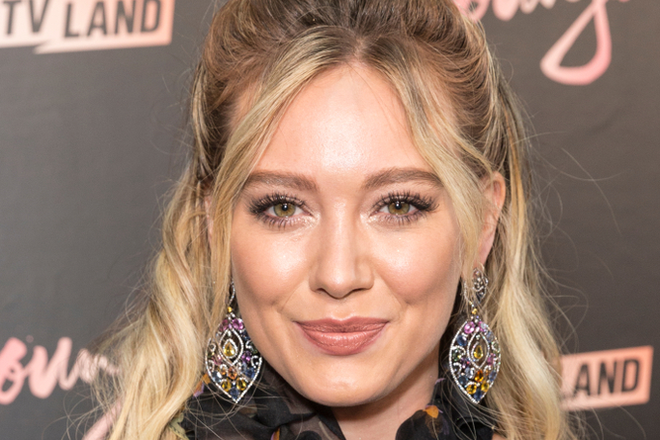 Hilary Duff Sips on This Supplement Before Bed to Wind Down