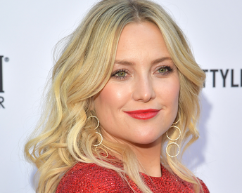 Kate Hudson Just Showed Off Her Post-Pregnancy Abs and We're in Awe