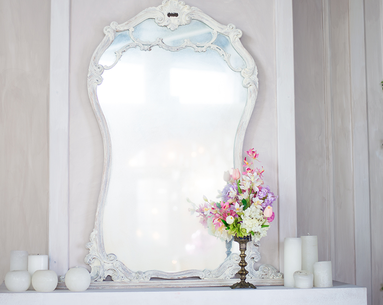 8 Dreamy Vanities That Will Have You Reorganizing Your Entire Bathroom