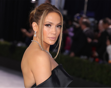 Here Is Every Single Step to Jennifer Lopez's SAG Awards Retro Updo