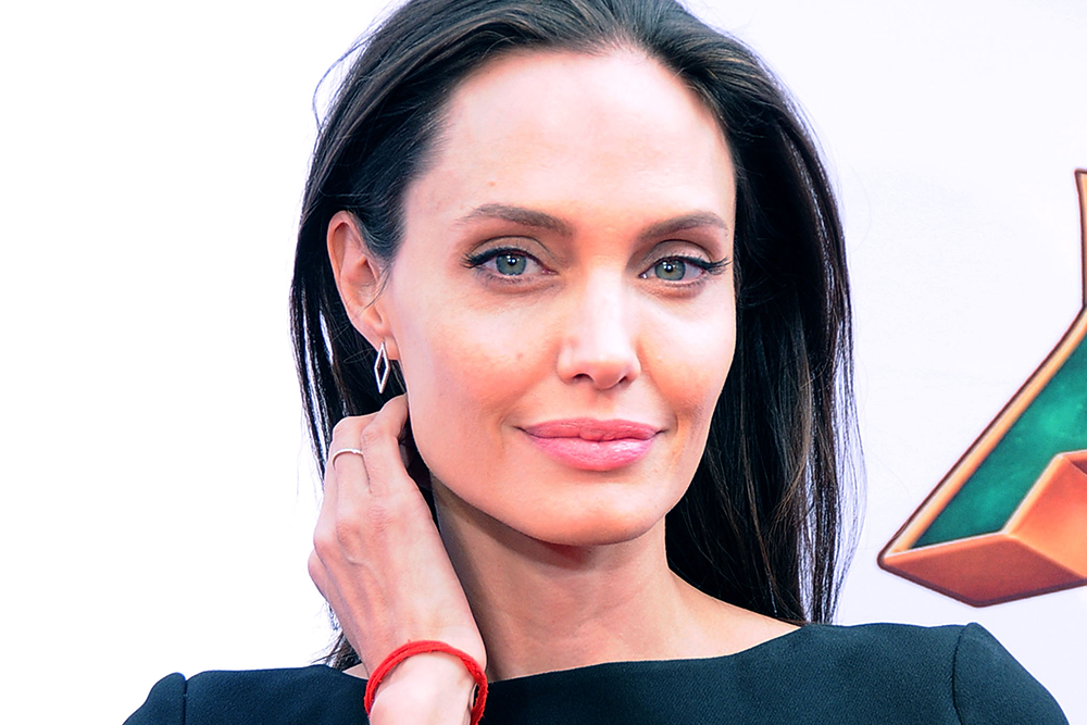 Angelina Jolie Bells Palsy Anti Aging Face Dailybeauty The