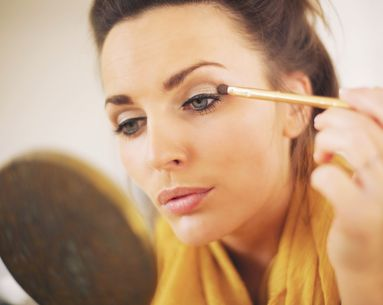 The 4 Makeup Mistakes That Age You