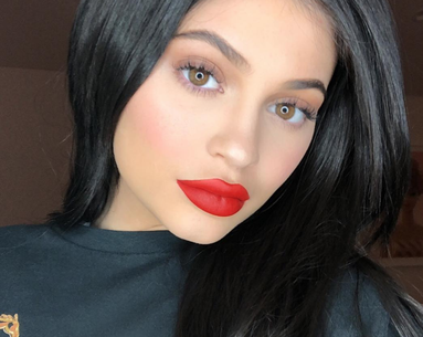 Kylie Jenner Is The Latest Celeb to Debut This Haircut—Using Kitchen Scissors