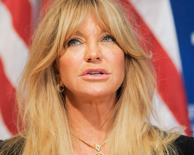 Goldie Hawn Goes Social With Her Anti-Aging Routine