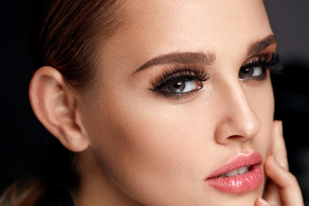 Jennifer Lopez Eyelashes Celebrity Makeup Dailybeauty The