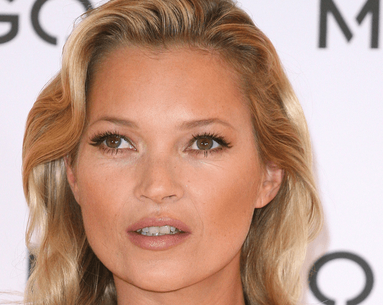 The $1 Trick Kate Moss Uses to Instantly Tighten Her Skin