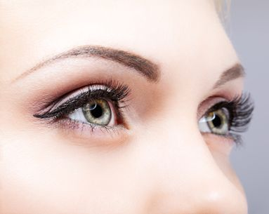 The Best 30-Second Tricks for Bigger Eyes