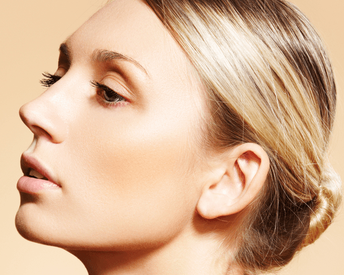 5 Things Everyone Believes About Retinol That Are Wrong