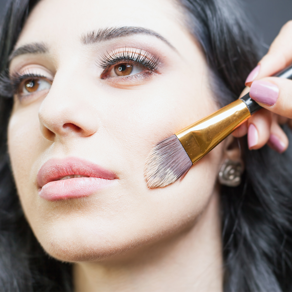 Forum on this topic: Makeup Artists' Best Under-the-Radar BeautyHacks, makeup-artists-best-under-the-radar-beautyhacks/