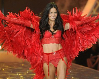 Adriana Lima Credits This Simple Morning Drink For Her Flat Stomach
