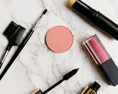 10 Ways to Look Younger Instantly With Makeup