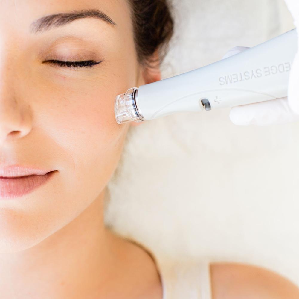 Les dermatologues révèlent les 5 procédures les plus rapides avec les meilleurs résultats 1