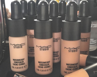 People Are Going Nuts for MAC's New Concealer