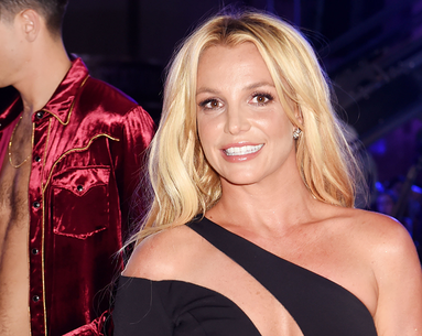 This Is What Britney Spears Looks Like 'Unglammed' and Makeup-Free