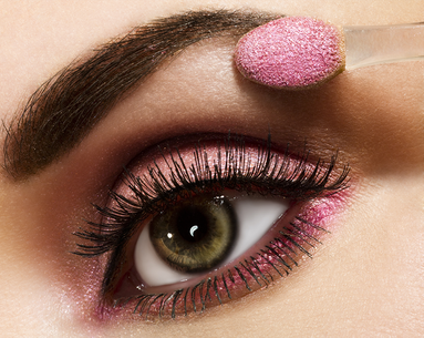 10 Beauty Experts Predict What Will Be Huge in 2016!
